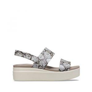נעליים Crocs לנשים Crocs Brooklyn Low Wedge - שחור/לבן