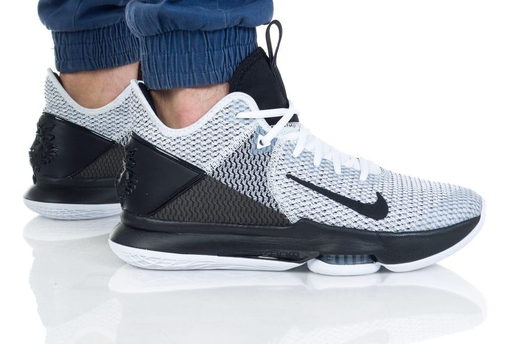 נעליים נייק לגברים Nike LEBRON WITNESS IV - שחור/לבן