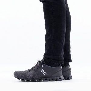 נעליים און לגברים On Running Cloud X - שחור