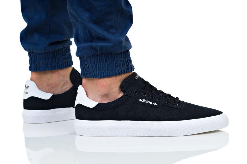 נעליים Adidas Originals לגברים Adidas Originals 3MC - שחור/לבן