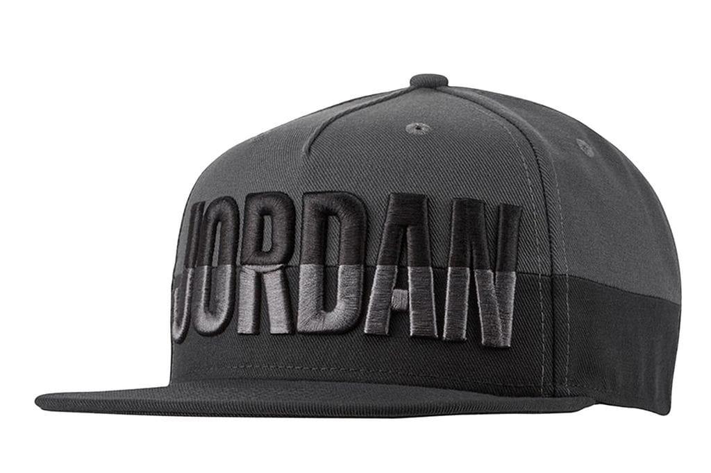 ביגוד נייק לגברים Nike JORDAN PRO CAP POOLSIDE - שחור/אפור