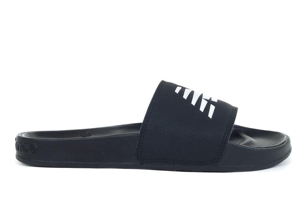 נעליים ניו באלאנס לגברים New Balance 200 FLAP - שחור