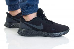נעליים נייק לגברים Nike REVOLUTION 5 - שחור מלא