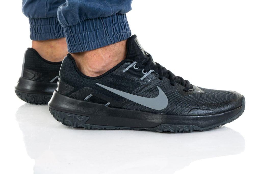 נעלי סניקרס נייק לגברים Nike VARSITY COMPETE TR 3 - שחור