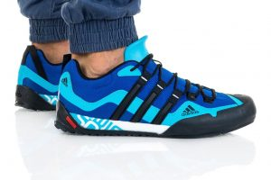 נעלי טיולים אדידס לגברים Adidas TERREX SWIFT SOLO - כחול/תכלת