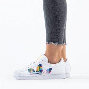 נעליים Adidas Originals לנשים Adidas Originals Originals Superstar 2.0 Pride - לבן