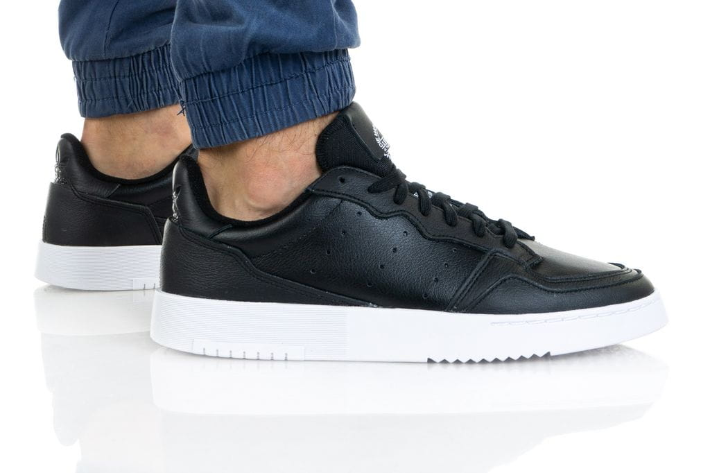 נעלי סניקרס אדידס לגברים Adidas Originals Supercourt - שחור/לבן