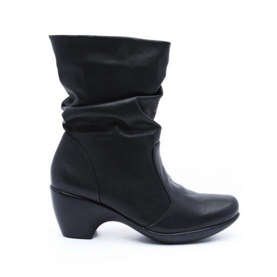 מגפי טבע נאות לנשים Teva naot modesto - שחור