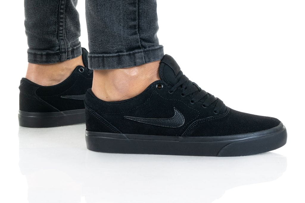 נעליים נייק לנשים Nike SB CHARGE - שחור