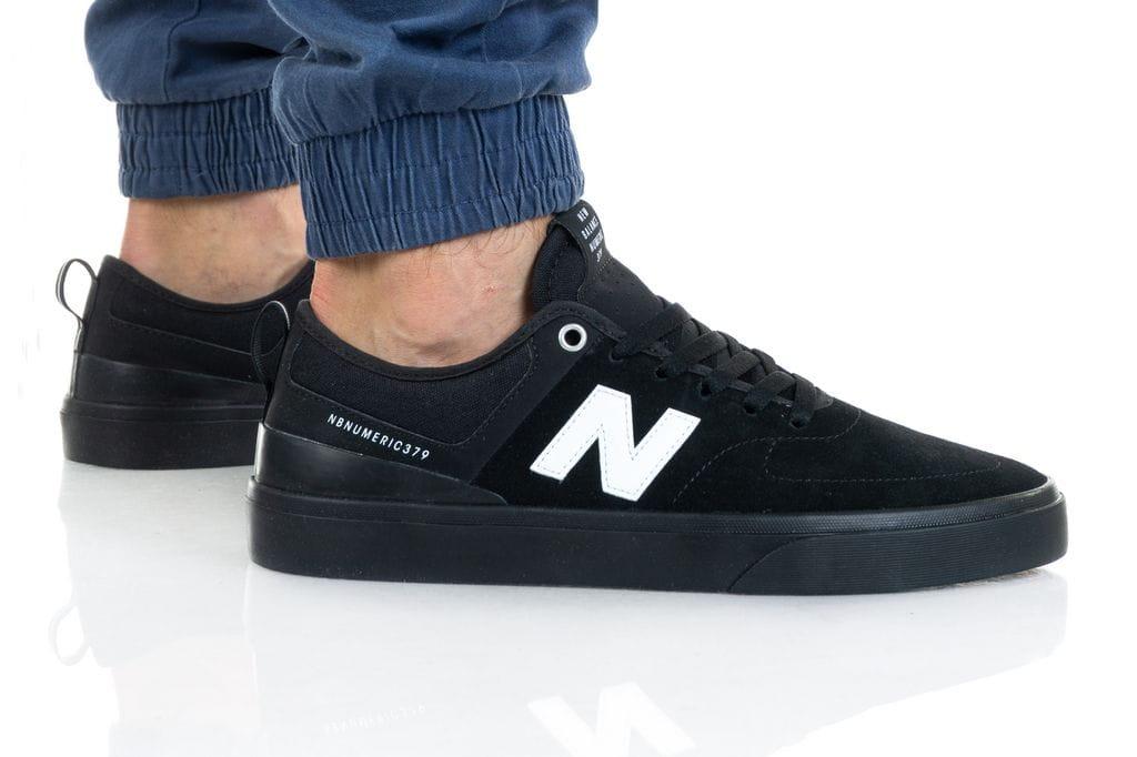 נעליים ניו באלאנס לגברים New Balance NM379 - שחור