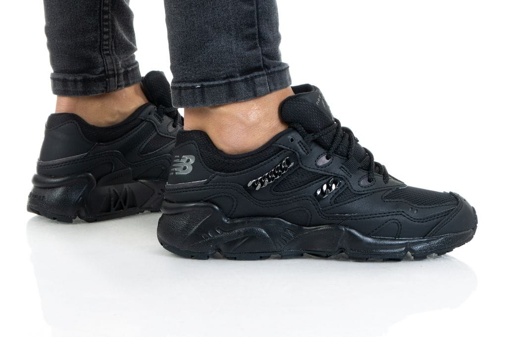 נעליים ניו באלאנס לנשים New Balance WL850 - שחור