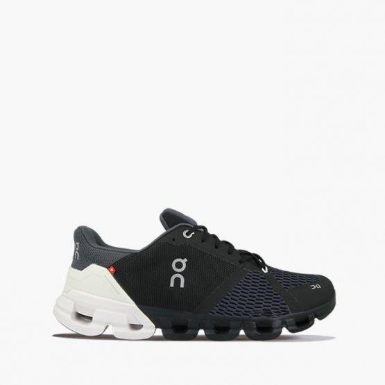 נעלי ריצה און לגברים On Cloudflyer - שחור/לבן