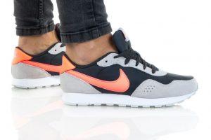 נעלי סניקרס נייק לנשים Nike MD VALIANT - אפור/כתום