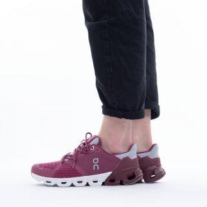 נעלי ריצה און לנשים On Cloudflyer - ורוד