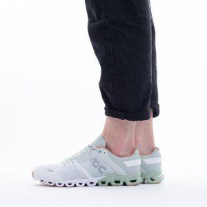 נעלי ריצה און לנשים On Running Cloud X - ירוק