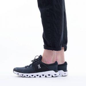 נעלי ריצה און לנשים On Running Cloudswift - שחור