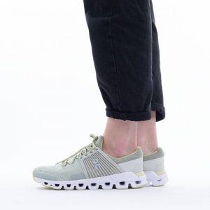 נעלי ריצה און לנשים On Running Cloudswift - ירוק