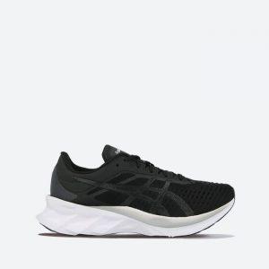 נעלי ריצה אסיקס לנשים Asics Novablast - שחור/לבן