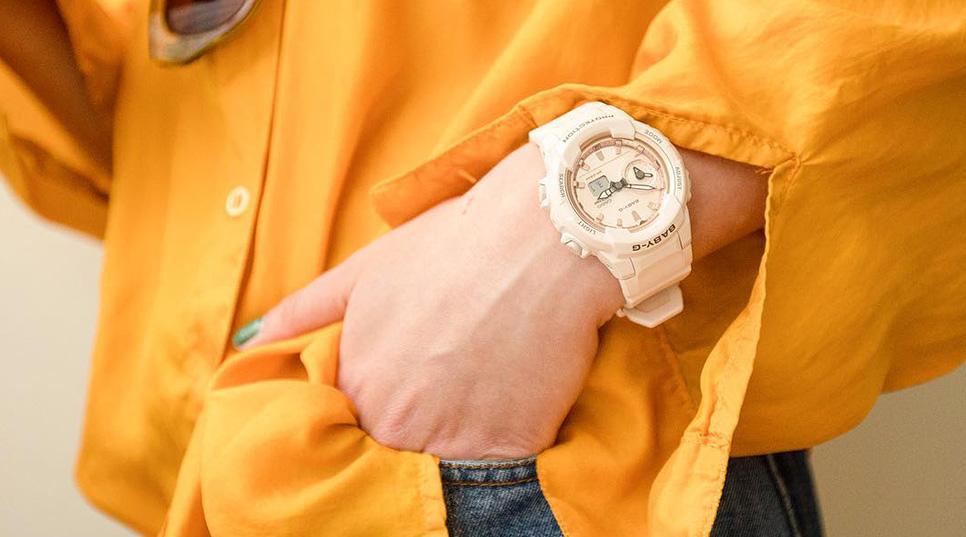 שעונים לנשים במבצע