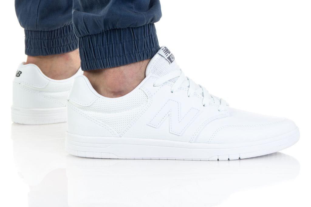 נעלי סניקרס ניו באלאנס לגברים New Balance AM425 - לבן