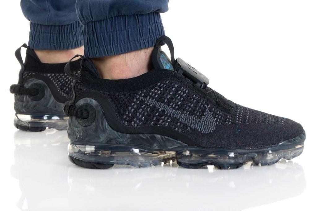 נעלי סניקרס נייק לגברים Nike AIR VAPORMAX 2020 FK - שחור