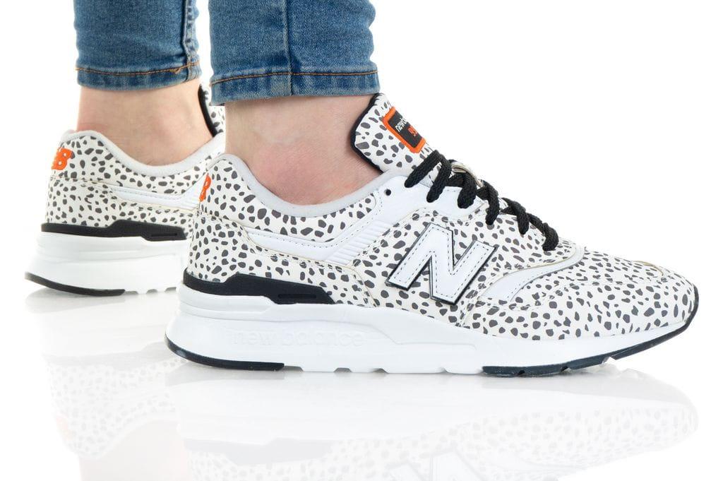 נעלי סניקרס ניו באלאנס לנשים New Balance CW997 - לבן הדפס
