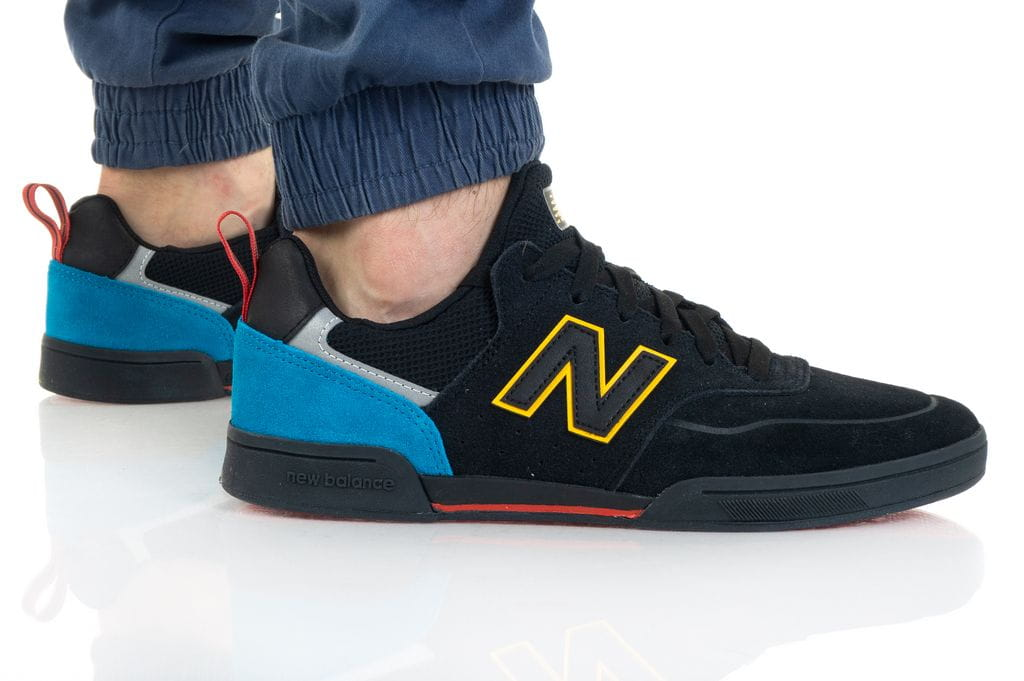 נעלי סניקרס ניו באלאנס לגברים New Balance NM288 - שחור
