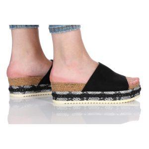 נעלי סניקרס בולבוקסר לנשים Bullboxer Morgan - שחור