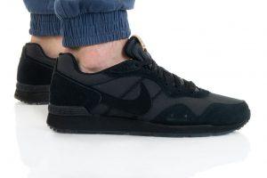 נעלי סניקרס נייק לגברים Nike VENTURE RUNNER - שחור מלא