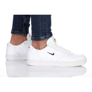 נעלי סניקרס נייק לגברים Nike COURT VINTAGE - לבן
