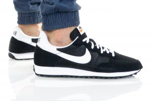 נעלי סניקרס נייק לגברים Nike CHALLENGER OG - שחור/לבן