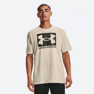 חולצת T אנדר ארמור לגברים Under Armour Camo Boxed Logo SS - בז'
