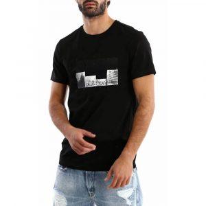 חולצת T ריפליי לגברים REPLAY Building tee - שחור