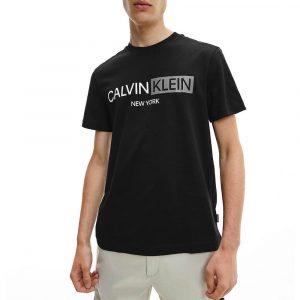 חולצת T קלווין קליין לגברים Calvin Klein Contrast Graphic - שחור