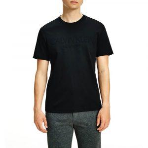 חולצת T קלווין קליין לגברים Calvin Klein Embossed Logo - שחור