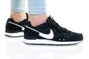 נעלי סניקרס נייק לנשים Nike VENTURE RUNNER - שחור