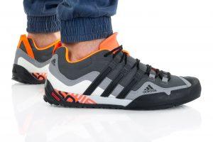 נעלי טיולים אדידס לגברים Adidas TERREX SWIFT SOLO  - צבעוני כהה