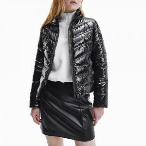 ג'קט ומעיל קלווין קליין לנשים Calvin Klein Glossy Lightweight Padded Puffer - שחור