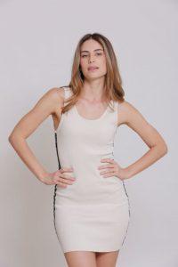 שמלה קצרה קלווין קליין לנשים Calvin Klein off - בז'