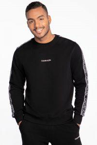 סווטשירט קלווין קליין לגברים Calvin Klein ESSENTIAL LOGO TAPE SWEATSHIRT - שחור